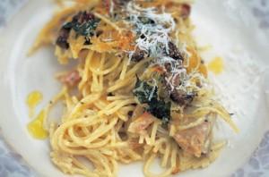 spaghetti tetrazzini, Spaghetti con Pollo y Setas